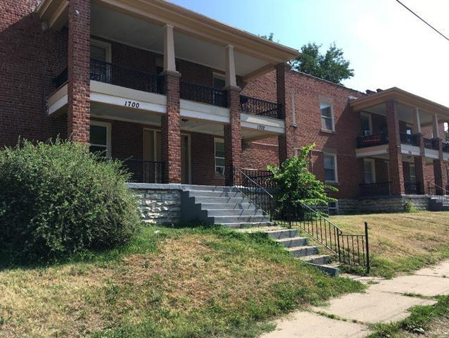 1700 E 36th Street, Kansas City, MO 64109 (#2119913) :: The Shannon Lyon Group - ReeceNichols