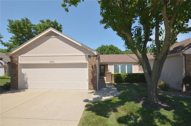 6510 NW Revere Drive, Kansas City, MO 64151 (#2120008) :: Edie Waters Network