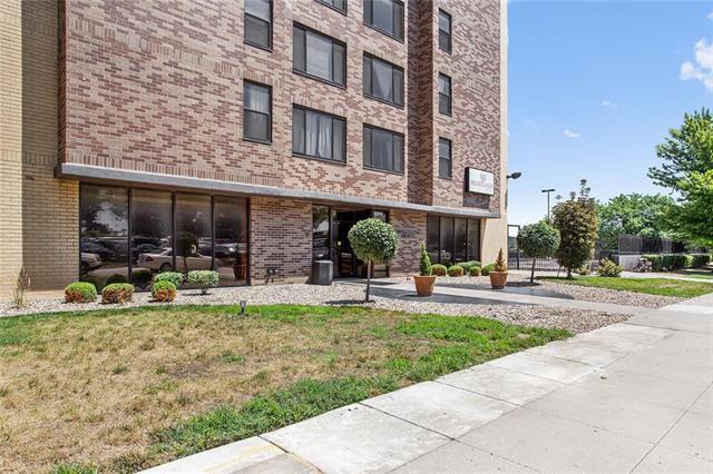 700 E 8th Street 15K, Kansas City, MO 64106 (#2120041) :: HergGroup Kansas City