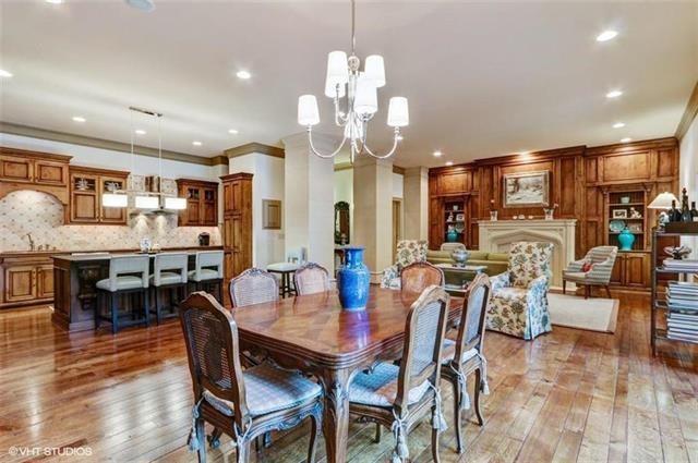 121 W 48th Street #107, Kansas City, MO 64112 (#2120075) :: Team Real Estate