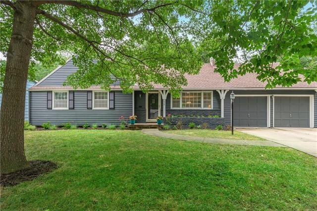 6628 Reeds Drive, Mission, KS 66202 (#2120381) :: Team Real Estate