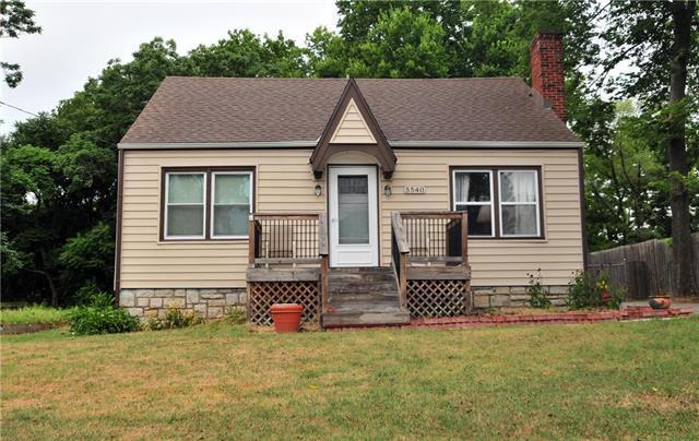 5540 Hayes Street, Merriam, KS 66203 (#2120448) :: Team Real Estate