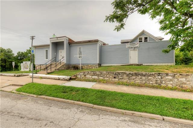 1060 Freeman Avenue, Kansas City, KS 66102 (#2120460) :: NestWork Homes