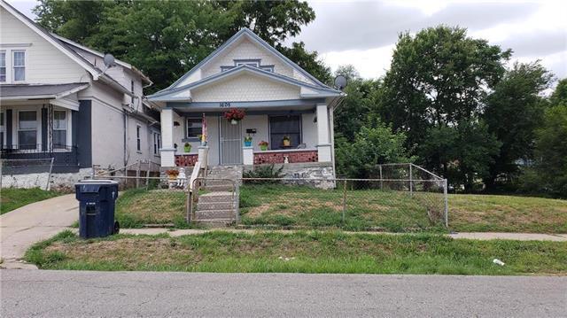 1605 E 35TH Street, Kansas City, MO 64109 (#2120866) :: Edie Waters Network