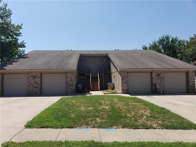 404 Sky Vue Drive, Raymore, MO 64083 (#2120884) :: Edie Waters Network