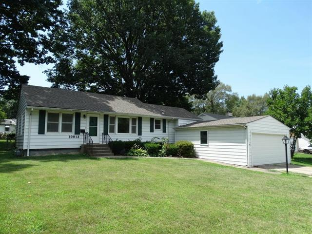 10013 E 35th S Street, Independence, MO 64052 (#2121011) :: Edie Waters Network