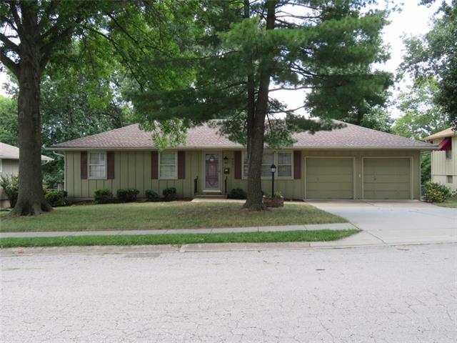 9609 E 86th Terrace, Raytown, MO 64138 (#2121226) :: Edie Waters Network