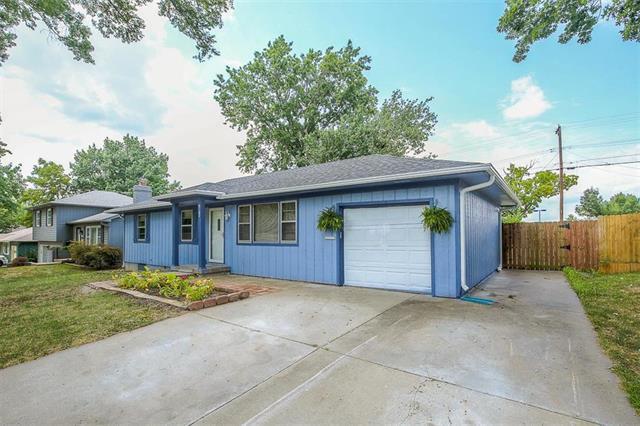 9102 W 69 Street, Merriam, KS 66203 (#2121293) :: Team Real Estate