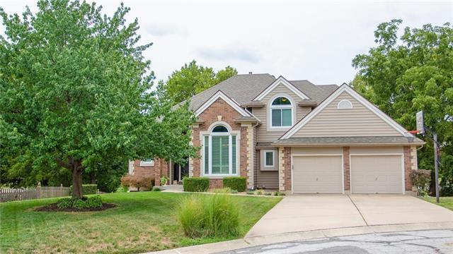 2109 NE Scarborough Court, Blue Springs, MO 64014 (#2121397) :: Edie Waters Network