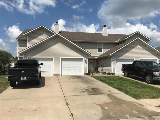 104 Sunshine Street Unit C, Oak Grove, MO 64075 (#2121399) :: Edie Waters Network