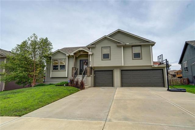 905 Bellflower Lane, Greenwood, MO 64034 (#2121470) :: No Borders Real Estate