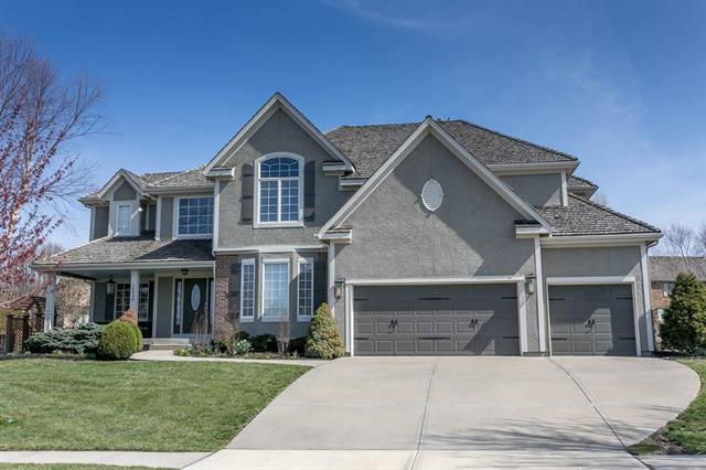 14090 W 158th Street, Olathe, KS 66062 (#2121503) :: Edie Waters Network