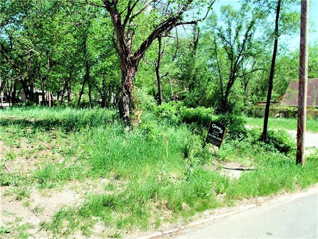 3941 Mersington Avenue, Kansas City, MO 64130 (#2121615) :: Edie Waters Network