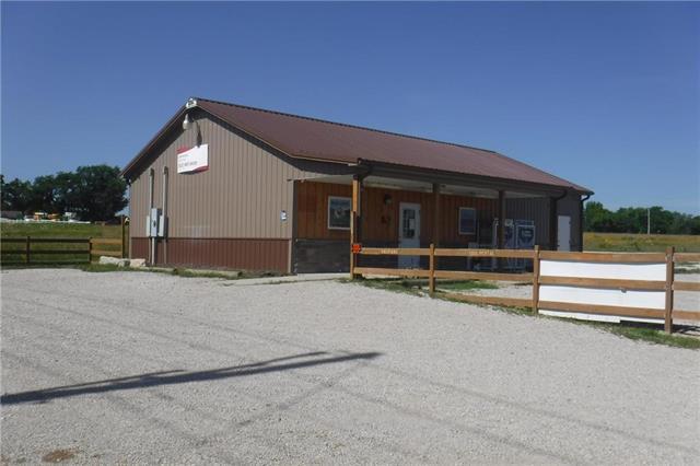 10 Ash Drive, Linn Valley, KS 66040 (#2121760) :: Char MacCallum Real Estate Group