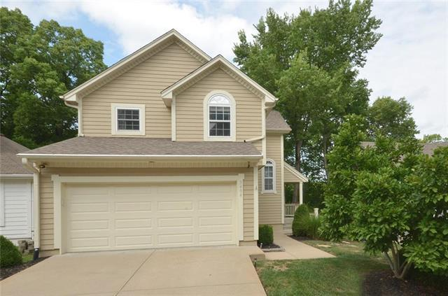 3404 Oxford Place, Grandview, MO 64030 (#2121769) :: Edie Waters Network