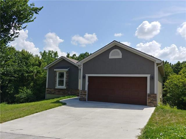 4209 S Shrank Court, Independence, MO 64055 (#2122008) :: Edie Waters Network