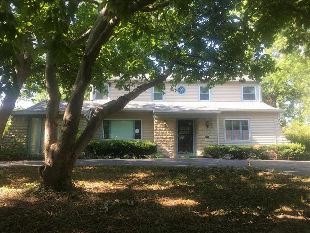 2100 Washington Boulevard, Kansas City, KS 66102 (#2122033) :: Char MacCallum Real Estate Group