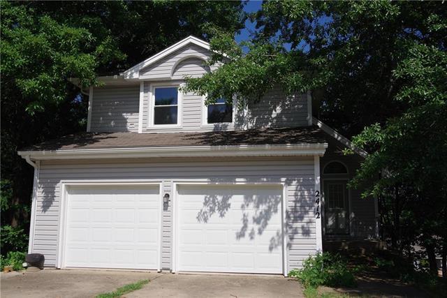 2412 SE 7th Street Terrace, Blue Springs, MO 64014 (#2122049) :: Edie Waters Network