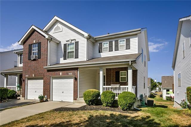 9830 N Home Avenue, Kansas City, MO 64157 (#2122164) :: Edie Waters Network