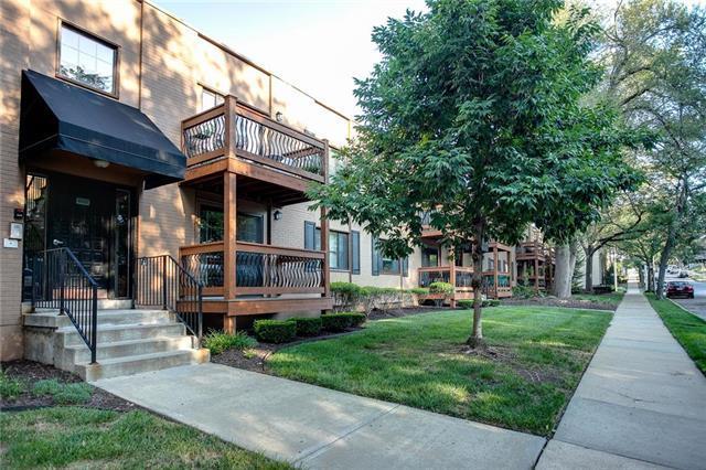 4533 Holly Street #204, Kansas City, MO 64111 (#2122297) :: Team Real Estate