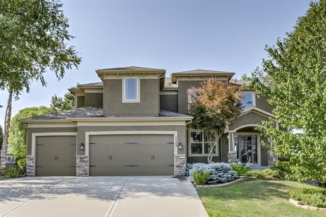 3109 SE 2nd Street, Lee's Summit, MO 64063 (#2122511) :: Char MacCallum Real Estate Group