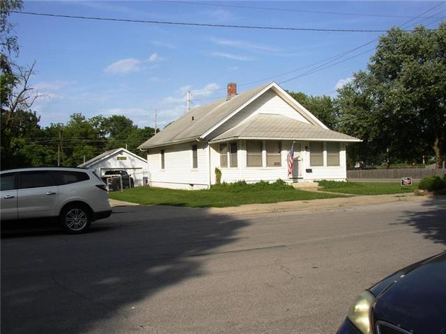 721 Main Street, Belton, MO 64012 (#2122722) :: Edie Waters Network