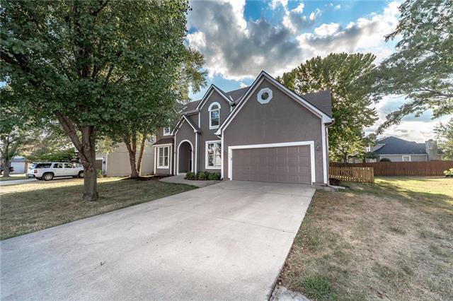 18404 Hickory Street, Gardner, KS 66030 (#2122771) :: Team Real Estate
