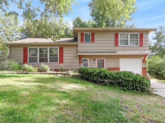 1513 NE 54th Street, Kansas City, MO 64118 (#2122800) :: Kansas City Homes