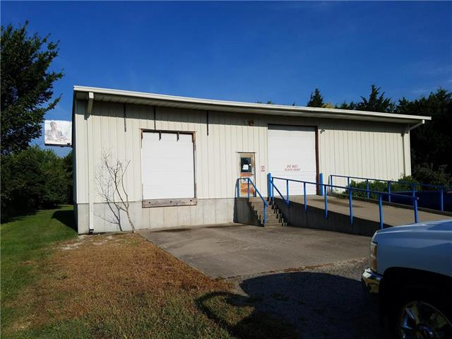 Ne 50 Highway, Knob Noster, MO 65336 (#2122829) :: Char MacCallum Real Estate Group