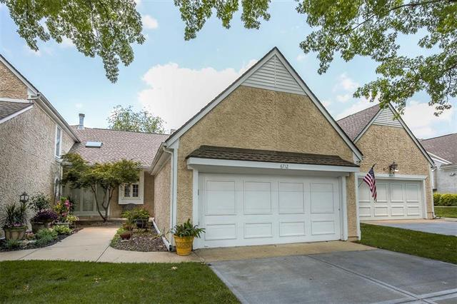 6712 W 126 Place, Overland Park, KS 66209 (#2122868) :: Edie Waters Network
