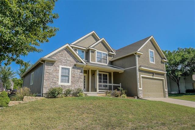 146 Shoreline Drive, Louisburg, KS 66053 (#2124147) :: No Borders Real Estate