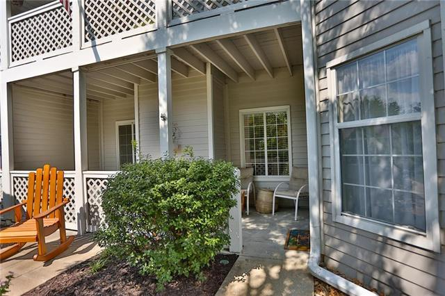 4312 S Bryant Court #1, Independence, MO 64055 (#2124182) :: Edie Waters Network