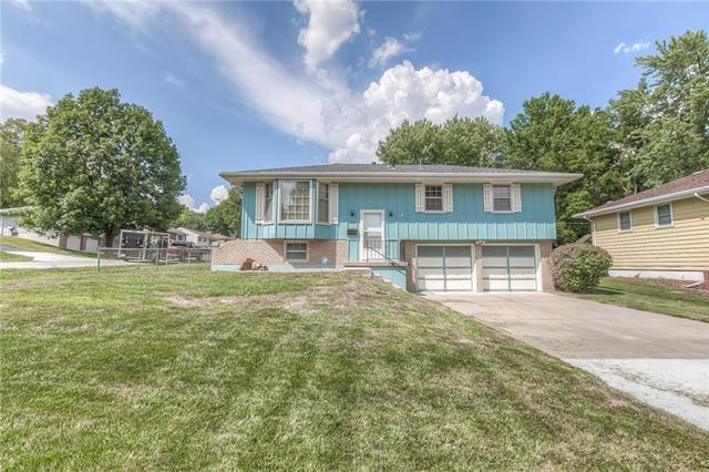 12700 E 51st Street, Independence, MO 64055 (#2124256) :: Edie Waters Network