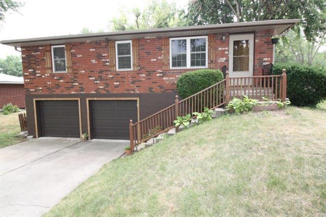 107 Celia Circle, Excelsior Springs, MO 64024 (#2124352) :: No Borders Real Estate