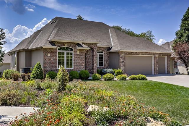 9108 N Glenwood Avenue, Kansas City, MO 64157 (#2124433) :: Edie Waters Network