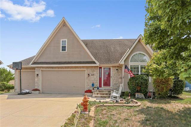 231 W Mockingbird Street, Gardner, KS 66030 (#2124469) :: Team Real Estate