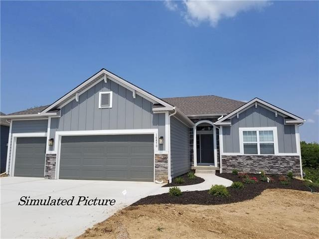 16850 NW 132nd Terrace, Platte City, MO 64079 (#2124501) :: Edie Waters Network