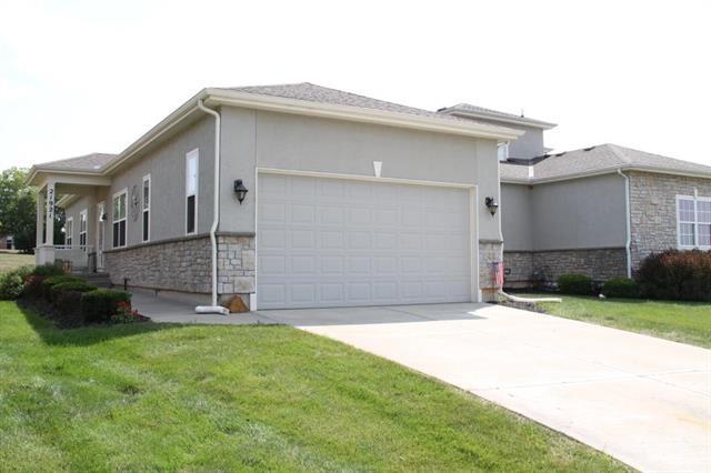 21921 W 116th Place, Olathe, KS 66061 (#2124600) :: Team Real Estate