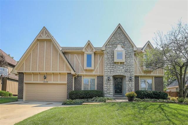 12509 Nieman Road, Overland Park, KS 66213 (#2124761) :: Char MacCallum Real Estate Group