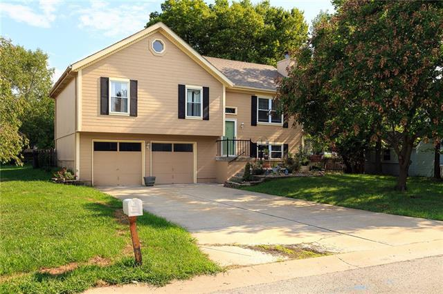 1400 Allendale Drive, Greenwood, MO 64034 (#2124841) :: No Borders Real Estate