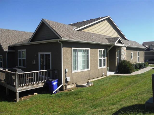 11240 S Mccoy Street, Olathe, KS 66061 (#2124939) :: Char MacCallum Real Estate Group