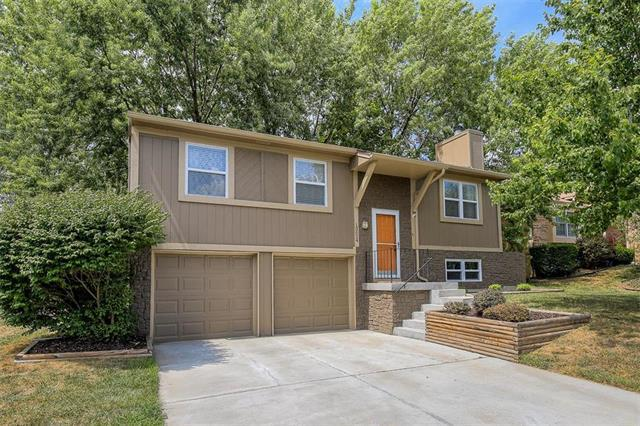 13024 Trenton Street, Olathe, KS 66062 (#2124976) :: The Shannon Lyon Group - ReeceNichols