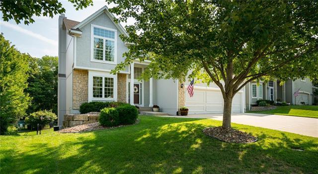 22334 W 44th Terrace, Shawnee, KS 66226 (#2125008) :: Kedish Realty Group at Keller Williams Realty