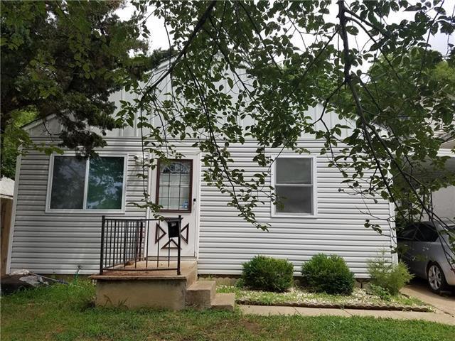 4311 Mersington Avenue, Kansas City, MO 64130 (#2125067) :: Edie Waters Network