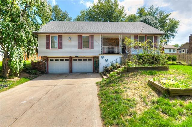 1803 N Lazy Branch Road, Independence, MO 64058 (#2125081) :: The Shannon Lyon Group - ReeceNichols
