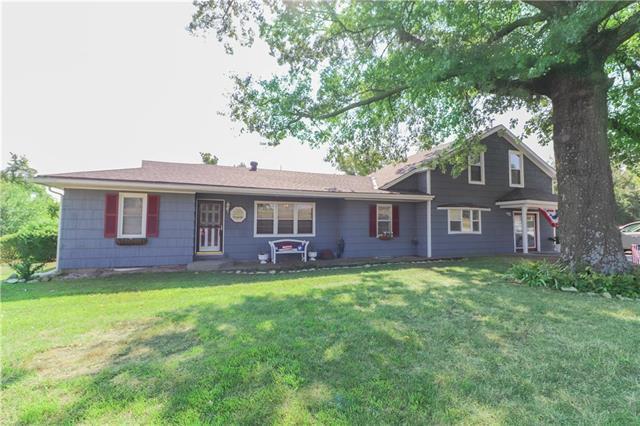 7125 Gleason Road, Shawnee, KS 66227 (#2125164) :: Kedish Realty Group at Keller Williams Realty