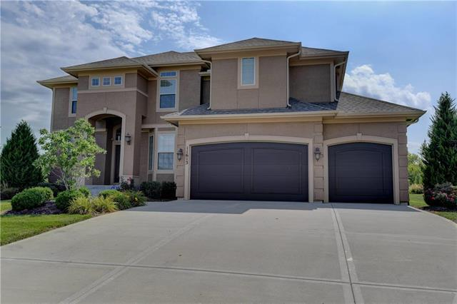 11613 W 154TH Street, Overland Park, KS 66221 (#2125232) :: No Borders Real Estate