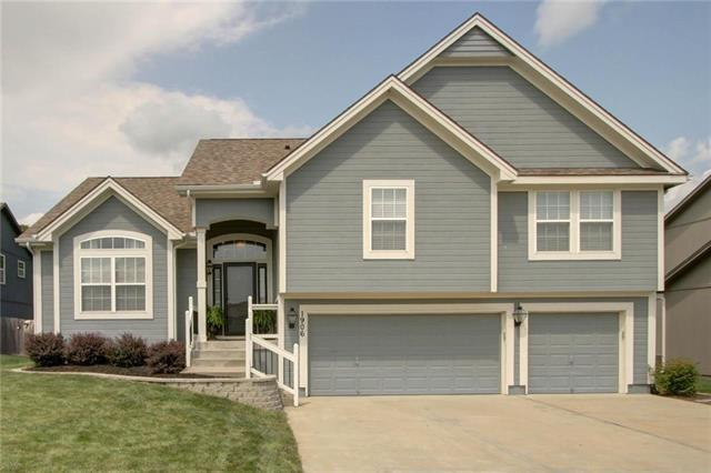 1906 Curtis Drive, Greenwood, MO 64034 (#2125342) :: No Borders Real Estate