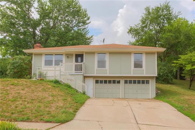 704 Cosby Street, Liberty, MO 64068 (#2125353) :: No Borders Real Estate