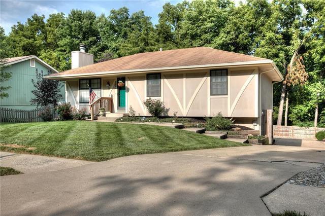 6924 N Mercier Street, Kansas City, MO 64118 (#2125361) :: Edie Waters Network